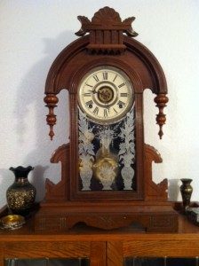 Olivia Newport :antique clock